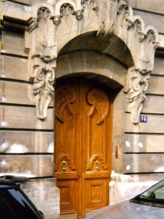 16, rue Furtado-Heine