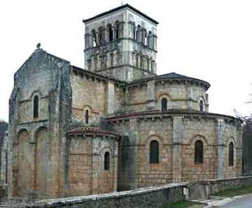 medium_Eglise-Veauce-Puydedome.jpg