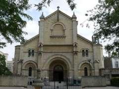 Église_Notre-Dame-du-Travail_(Paris 14).jpg