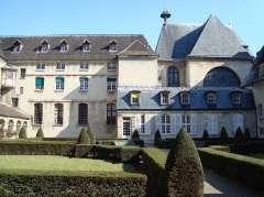 Cloitre_de_Port-Royal_Paris,_Cochin.JPG
