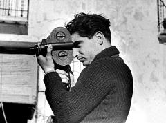 RobertCapa by GerdaTaro sa compagne en 1937 pendant la guerre d'espagne.jpg