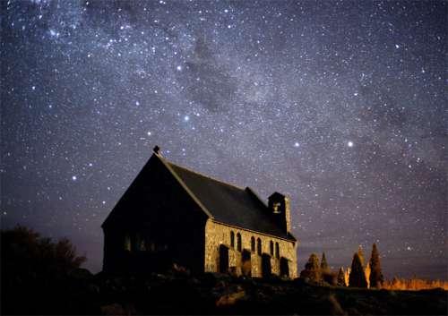 eglise_bon_pasteur_ciel_etoiles_NZ.jpg