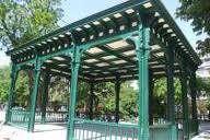 kiosque à musique du parc Montsouris.jpg