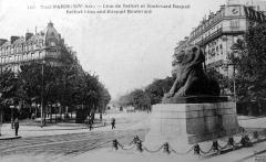 boulevard raspail place Denfert rochereau.jpg