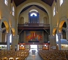 _eglise_ND-du-Rosaire_nef_orgue Cavaillé Coll.jpg
