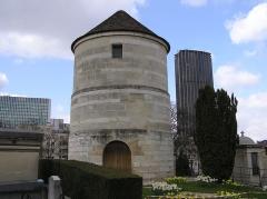 le Moulin de la Charité Ancien-moulin-cimetiere-Montparnasse.jpg