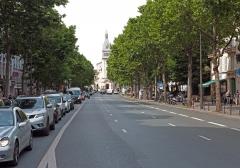 avenue General Leclerc partie sud vers église st pierre.jpg