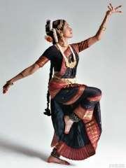 danse indienne au FIAP  2 août 2012.jpg