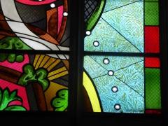 Cathédrale de Nevers  vitrail détail.jpg