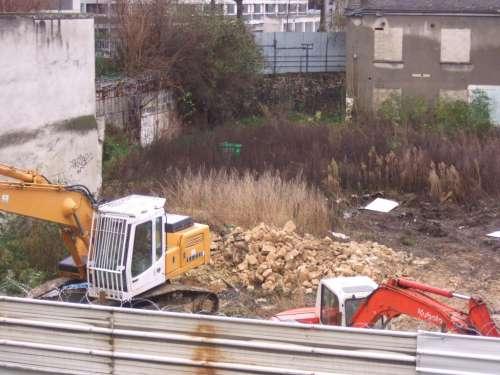 Ferme de Montsouris travaux de démolition en décembre 2013.JPG