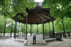 kiosque-a-musique-du jardin du Luxembourg.jpg