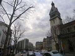 place_Victor-et-Hélène-Basch vue de l'avenue du Général Leclerc.JPG