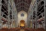 Notre- Dame du Travail nef et choeur 2.jpg