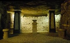 Catacombes ossuaire De Paris.jpg