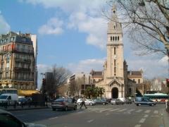 Saint Pierre de Montrouge Carrefour_Alesia_1.JPG