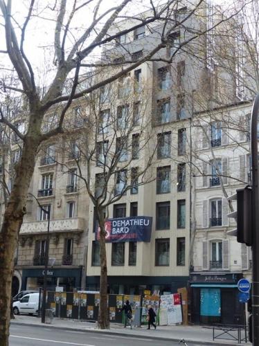 immeuble 70 avenue du général leclerc  à la place du Mistral.jpg