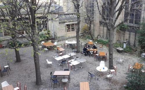 village Reille photo du parisien.jpg