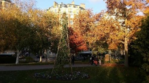 Square serment de Koufra en automne 4.jpg