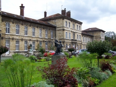 Hôpital sainte Anne Pavillon Magnan.JPG